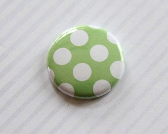 "Badge 1 ""pea green and white"