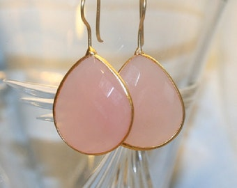 PINK CHALCEDONY earrings, gold bezel, pink earrings, chalcedony earrings, bezel set earrings, spring earrings, dangle earrings