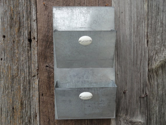 Mail organizer metal mail wall holder letter holder wall for Galvanized letter holder