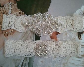 SALE - Wedding Garter, Bridal Garter, Garter Set - Rhinestones in ivory Lace - Style G20555