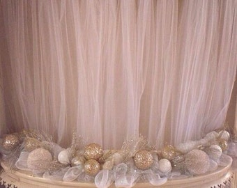 Cake table tulle curtain (6 ft x 9 ft)