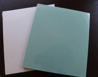 25 tea-length folders
