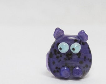 Glass Cat Lampwork Focal Bead. Purple with black dots