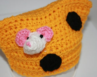 Mouse Eating Cheese 'Inspired'  Crochet Rectangular Beanie Hat. Already made. Ready to send! Size:XS (Newborn)