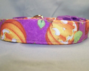 Smiling Pumpkins on Purple Halloween Dog Collar