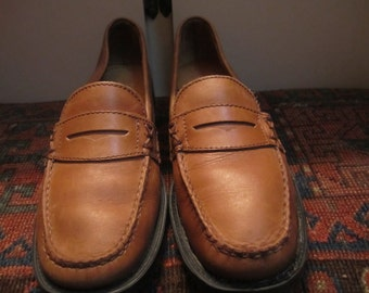 Vtg. Womens Bass Weejuns 7.5 M. Made In Brazil