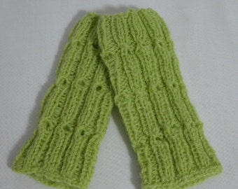Hand Knitted Green Baby Gaiters ,baby cuff,green baby boot cuff,Christmas gift.100% wool,Boot Toppers, boot buffers, leg warmers
