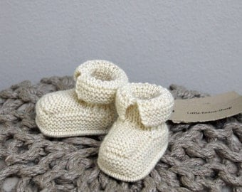 Hand Knitted Handmade Baby Booties Boots Sizes 0-3 M 3-6 M 6-12 M