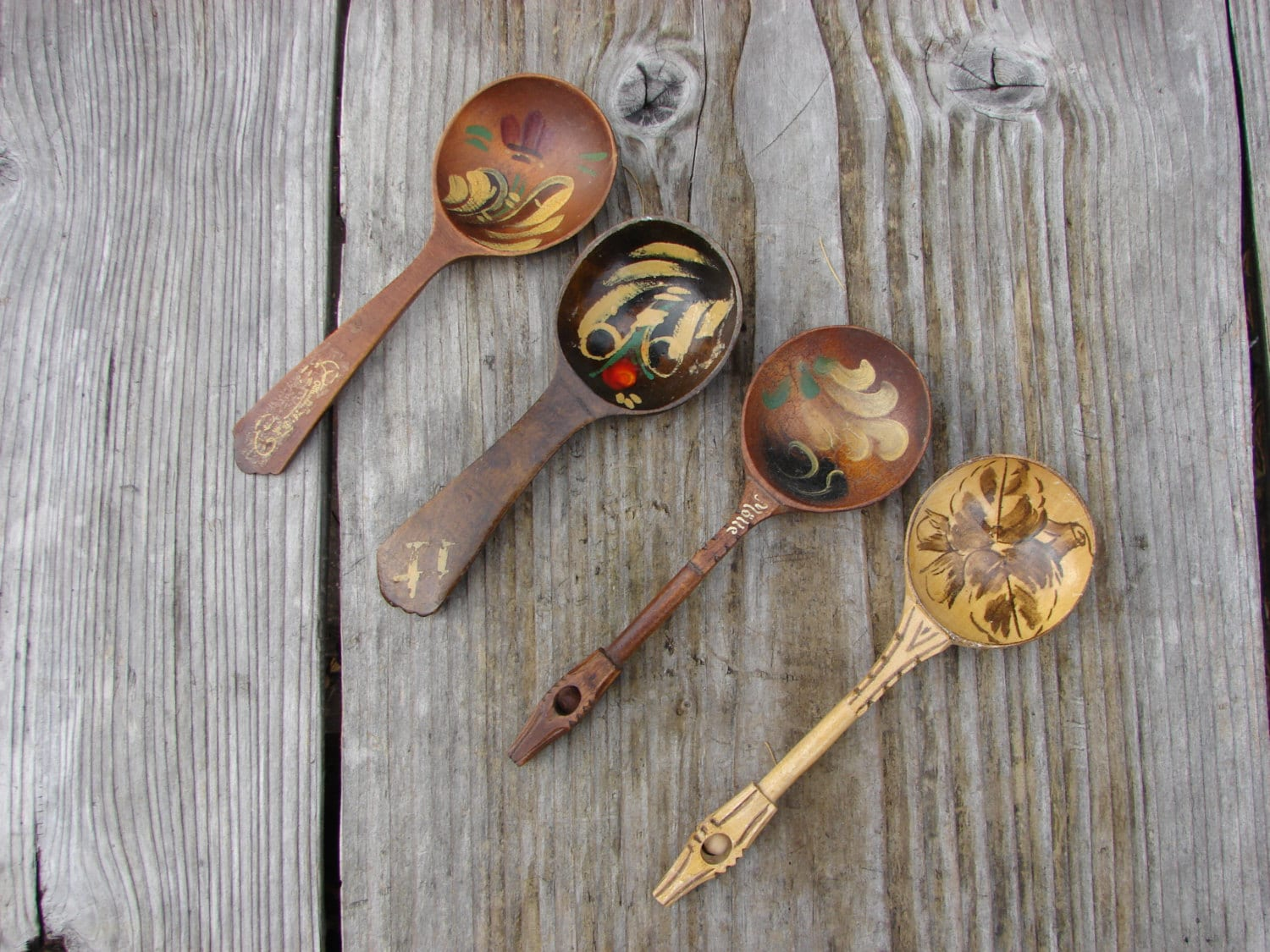 Wooden Spoon Makers ~ Vintage hand carved and painted wooden spoons made