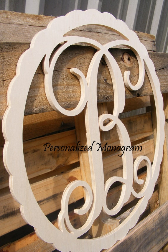 22 inch wooden monogram single letter with scalloped for Individual wooden letters