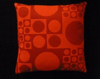 "Verner Panton ""Geometri"" by Maharam - Mid-century Modern design accent pillow 17"" x 17"" feather/down insert included"