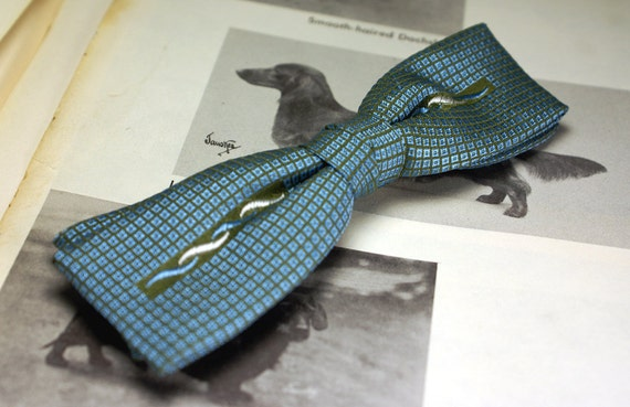 Vintage clip on bow tie beautiful silk by ModernRenaissanceMan
