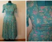 1970 Vintage dresses fewer