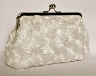 Bridal clutch, Ivory Bridal clutch, Ivory Wedding Clutch, Ivory Ruffle Clutch, Brides Clutch Purse, Clutch bag