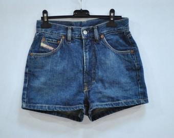 Vintage DIESEL HIGH WAIST ladies shorts.....(013)