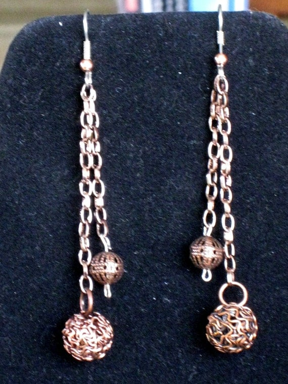 Dangles with chain and beads in copper - Handmade one of a kind -