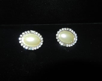 Earrings - Pierced Earrings - White Pearl and Rhinestone Earrings - Oval Earrings