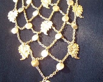 Golden cascade necklace from the 1960s