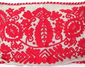 Vintage hand embroidered pillowcase with Hungarian ,,kalotaszegi ,, pattern from 1960s
