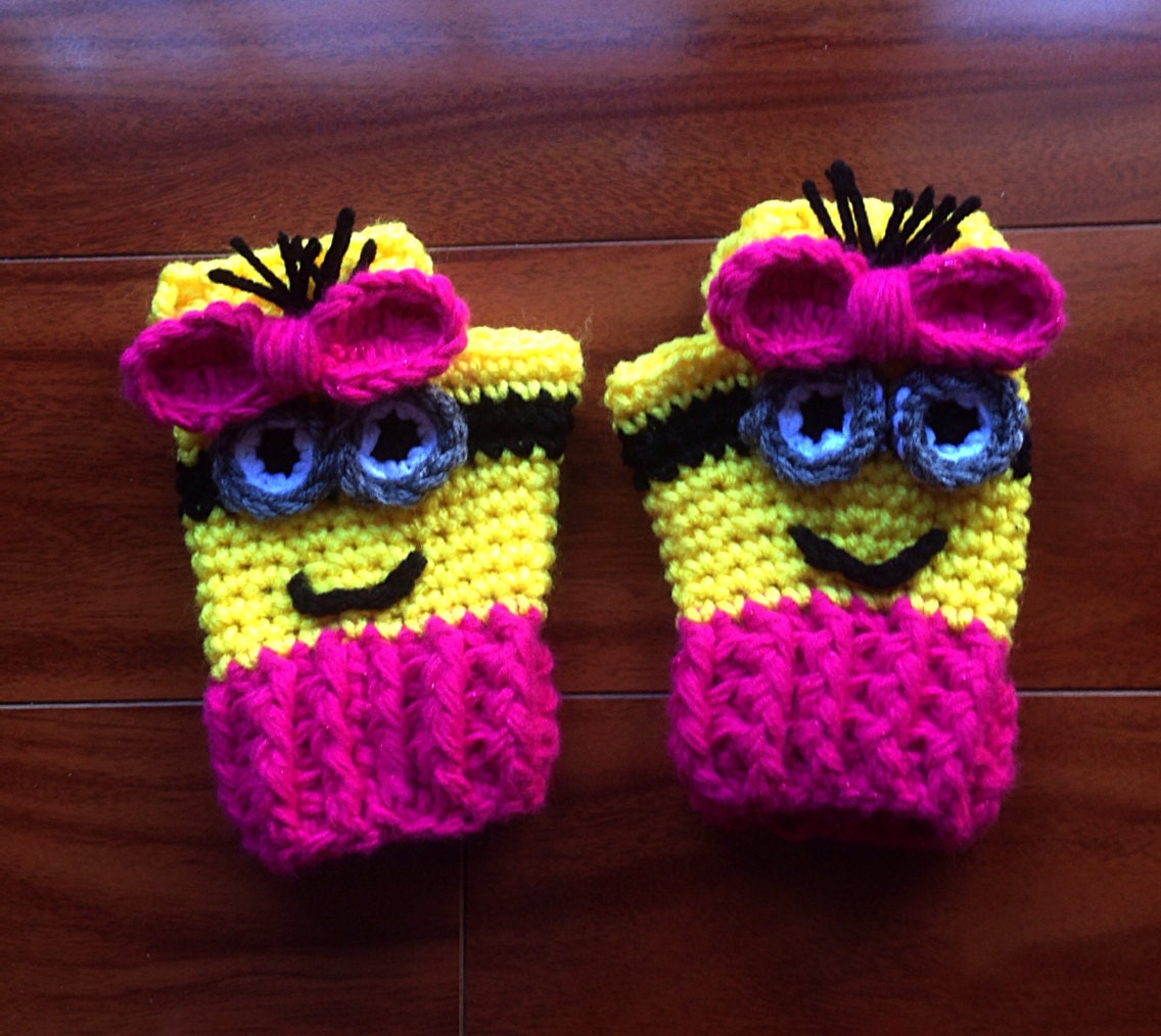 Free crochet pattern for minion mittens squareone for despicable me crochet girlsboys minion fingerless wristers free crochet pattern for minion mittens bankloansurffo Choice Image