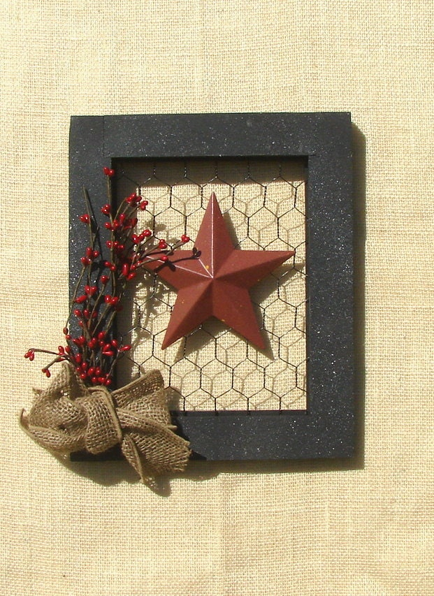 Picture Frame With Chicken Wire Burlap Bow And A Star