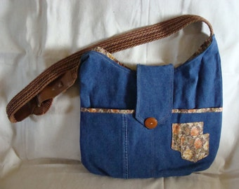 Unique upcyled bag with fancy belt handle