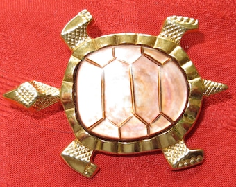 Beautiful 1960's Turtle Brooch Pin Gold Tone Made In Germany - Free Shipping