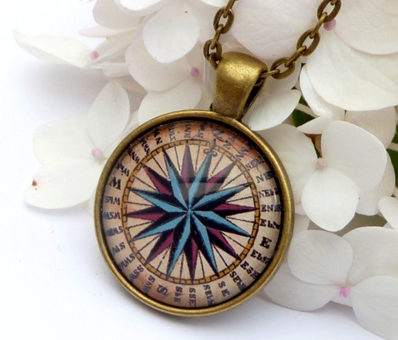Elegant Compass necklace in bronze, men jewelry, navigation, seafaring