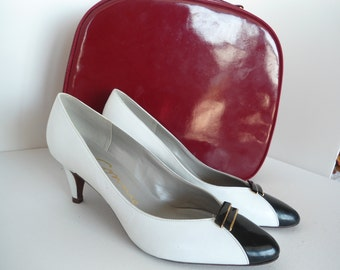 Connie Commuter White and Navy High Heels 80s