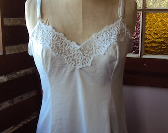White nylon and thick lace camisole top lingerie size 14