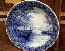 wall plate / wall hanging / wall plaque / wall decoration / blue white decor vintage
