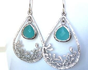 Mint Aqua Turquoise Teardrop Silver Earring, Aqua Mint Framed Crystals, Aqua Mint Earrings, Sterling wires