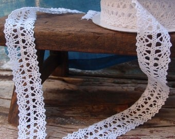 "White Lace Ribbon - 1"" x 10 Yards"
