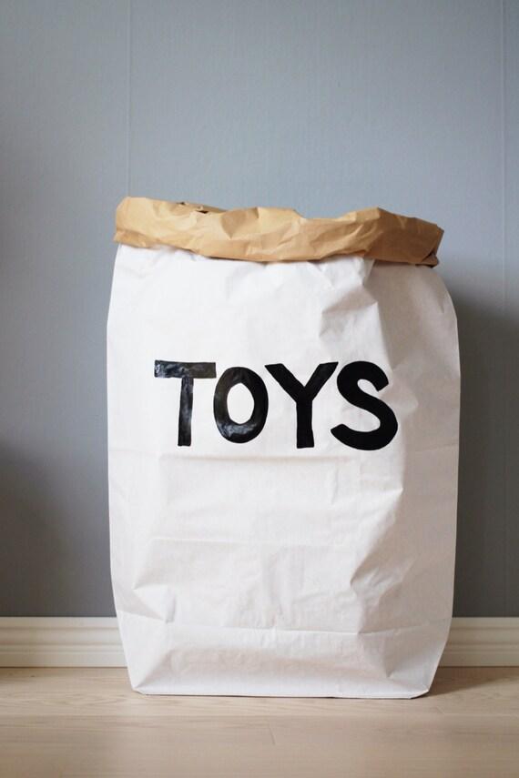 jouets papier sac rangement de jouets livres ou par tellkiddo. Black Bedroom Furniture Sets. Home Design Ideas