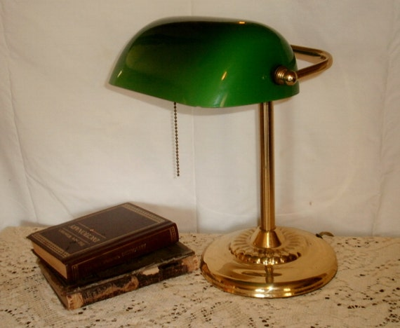 Vintage meraude verre vert ombre et laiton color banquiers - Lampe de bureau banquier laiton verre vert ...