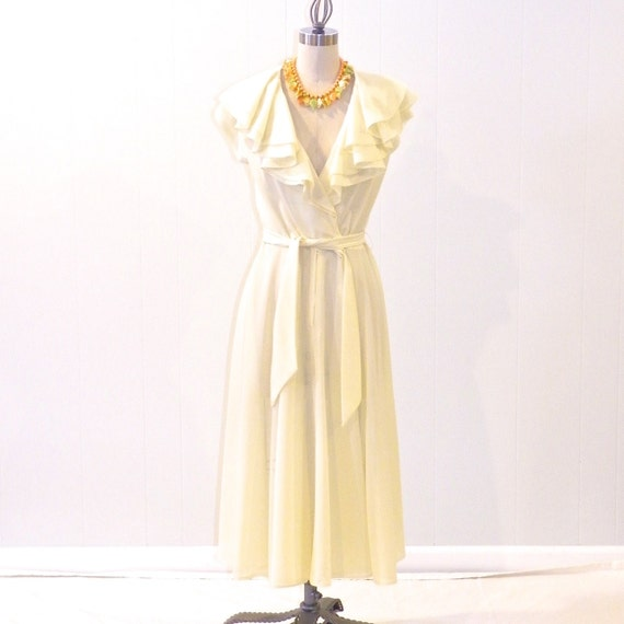 vintage 1970s sundress pale yellow ruffled by