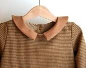 Winter baby girl dress champagne woolen fabric, peter pan collar and cuffs in hazelnut velvet.