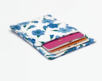 Slim card wallet - White with blue flowers - Credit card wallet - Credit card case - Business card case - Front pocket wallet - Floral 1001