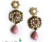 Daisy flower earrings vintage rose