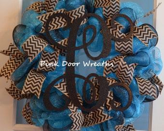Wreath with monogramming - Vine monogram wreath - Spring monogram wreath - Front door wreath - Wreath for front door - Initial wreath