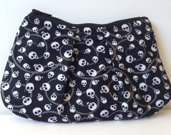 Gothic Skull Zippered Pleated Coin Purse Bag