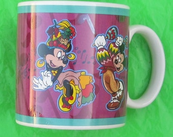 Mckey Mouse and Minnie Mouse dancing  Coffee Cup
