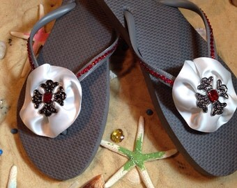 Gorgeous size 9 gray flip flops with cross brooch! End of season SALE!!