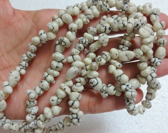 Magnesite Nuggets/Chips, Irregular size beads -Creamy White with Black Veins - full strand