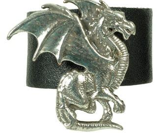 "Leatherring ""winged dragon crest"""