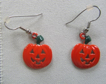 Vintage JJJonette jack-O-Lantern earrings pierced earrings.