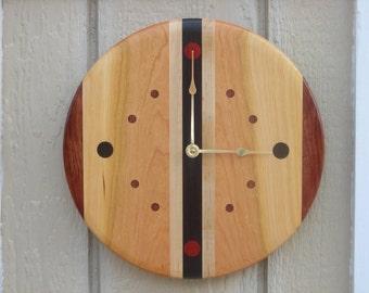 Handmade Reclaimed Wood Clock***FREE SHIPPING***