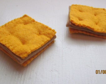 felt peanut butter crackers