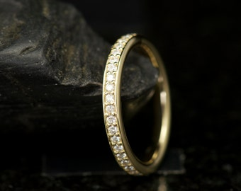 Elsie - Diamond Eternity Band in 18k Yellow Gold, Round Brilliant Cut, Shared Prong with Gold Edging, Classic Design, Free Shipping