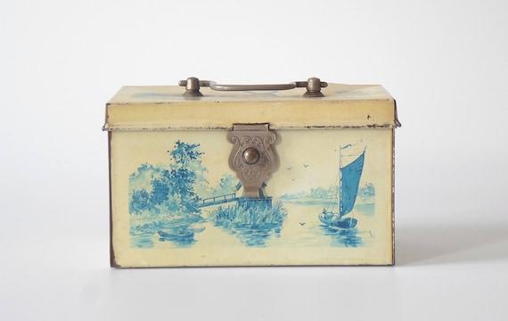vintage blechkiste box schachtel truhe kiste mit deckel. Black Bedroom Furniture Sets. Home Design Ideas